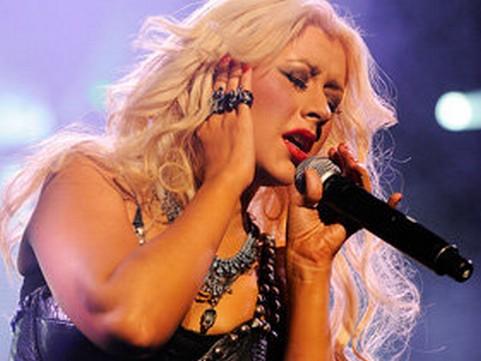 Christina Aguilera Promises   'Amazing' Album In 2012