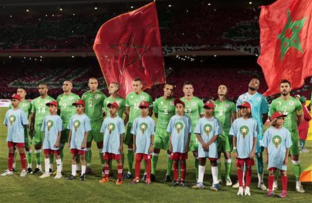 Algeria's national soccer team listen to the national anthems before their African Nations Cup Group D qualifying soccer match against Morocco in Marrakesh June 4, 2011. REUTERS/Jean Blondin