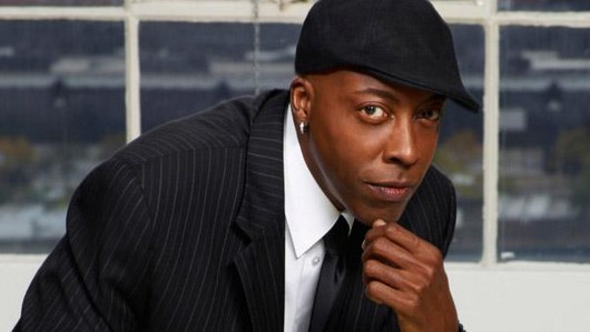 Arsenio Hall to host CBS late night talk show in 2013