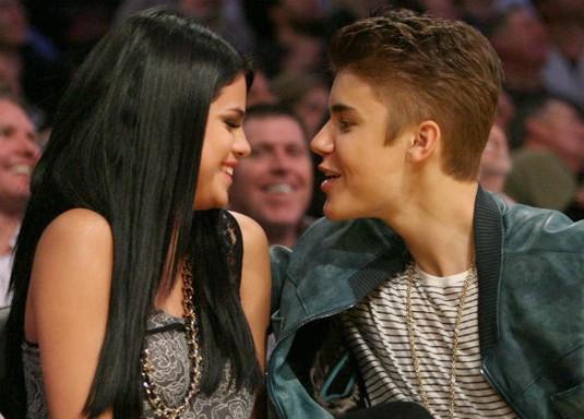 Selena Gomez: 'Justin Bieber Is A Hopeless Romantic'
