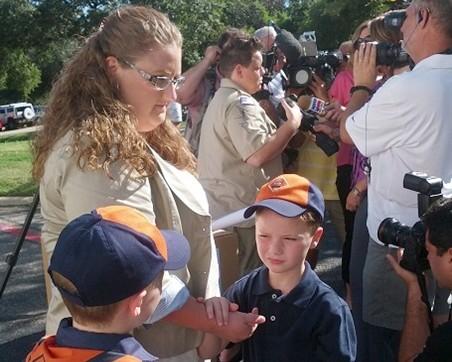 Lesbian mom on Boy Scouts: We'll keep fighting anti-gay policy