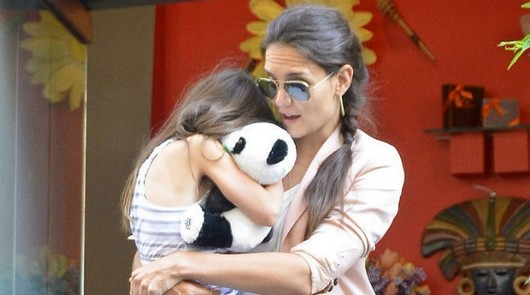 Katie Holmes Tells Tom Cruise: 'It's Not About Us, It's About Suri'