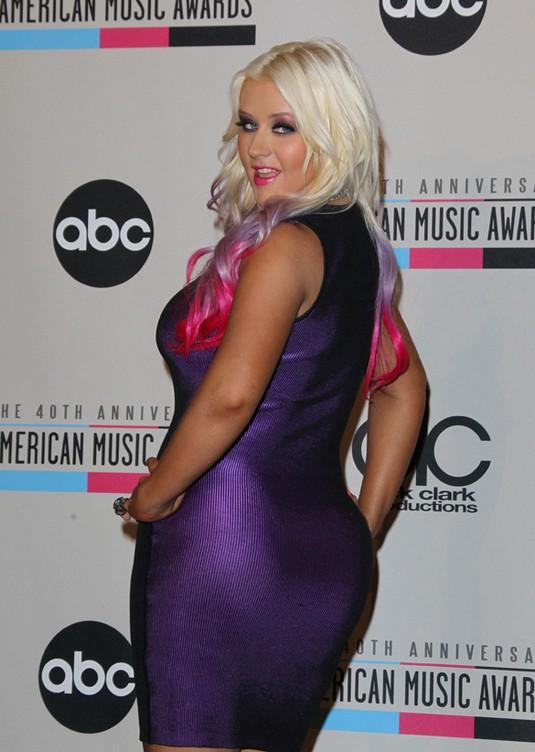 Christina Aguilera Gets Revenge On Chelsea Lately