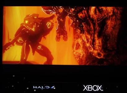 """A scene from the new version of the Halo video game """"Halo 4"""" is previewed at the Microsoft XBox news briefing during the E3 game expo in Los Angeles, California June 4, 2012. REUTERS/Fred Prouser"""