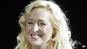 Country singer Mindy McCready dead of apparent suicide