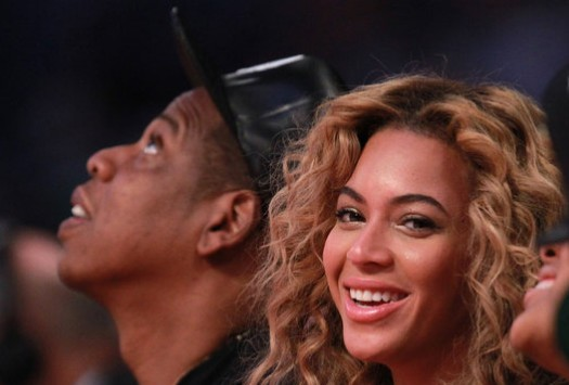 Beyonce shows support for gay marriage, reposts equal-sign logo