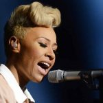 Emeli Sande gives Noel Gallagher the middle finger via Twitter after his 'granny' diss