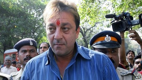 Sanjay Dutt is hugely popular for his role of a loveable gangster in Munnabhai movies