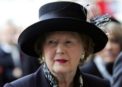 Former British prime minister and Conservative party leader Baroness Margaret Thatcher arrives for the Service of Thanksgiving for the life and work of former British Prime Minister Sir Edward Heath at Westminster Abbey in London November 8, 2005. REUTERS/Stephen Hird