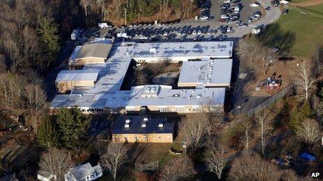 Connecticut backs gun controls after Newtown massacre