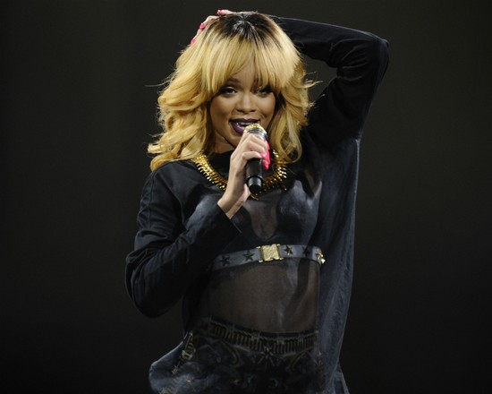 Move Over Lady Gaga! Rihanna Makes History In Paris With 'Diamonds' World Tour