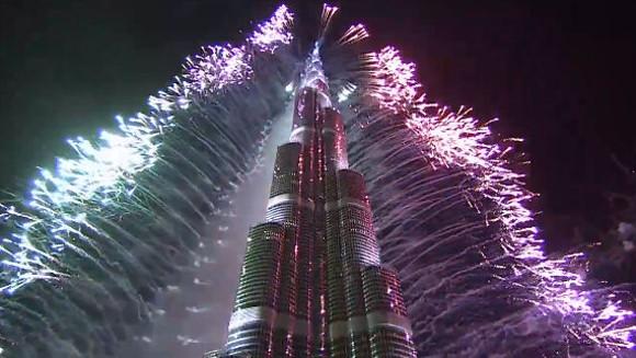 Dubai fireworks main