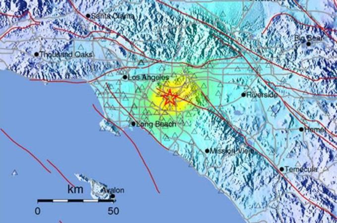 earthquake rattles Los Angeles