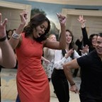 Michelle Obama dances to Gloria Estefan