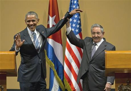 Raul Castro, right and President Barack Obama
